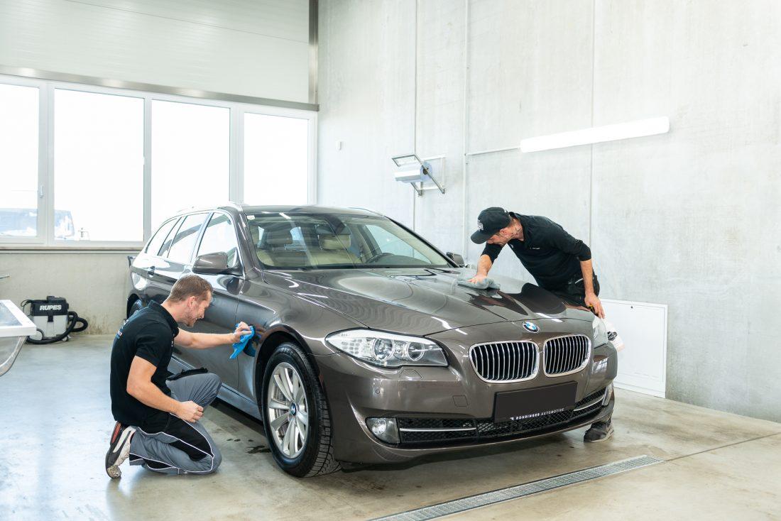 Wenn unser Team Ihr Fahrzeug aufbereitet hat, sieht es aus wie neu.